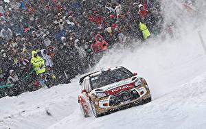 Bilder Citroen Menschen Schnee DS3 automobil Sport