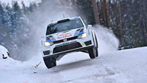 Fotos Volkswagen Schnee Vorne Polo Autos Sport