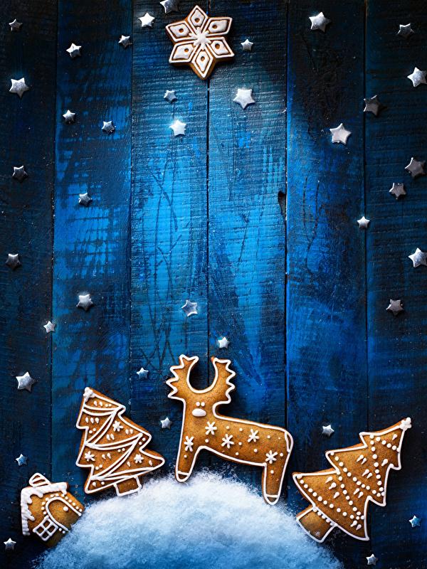 Bilder von Hirsche Neujahr Stern-Dekoration Schneeflocken Weihnachtsbaum Kekse Lebensmittel Design Bretter 600x800 kleine Sterne Christbaum Tannenbaum das Essen