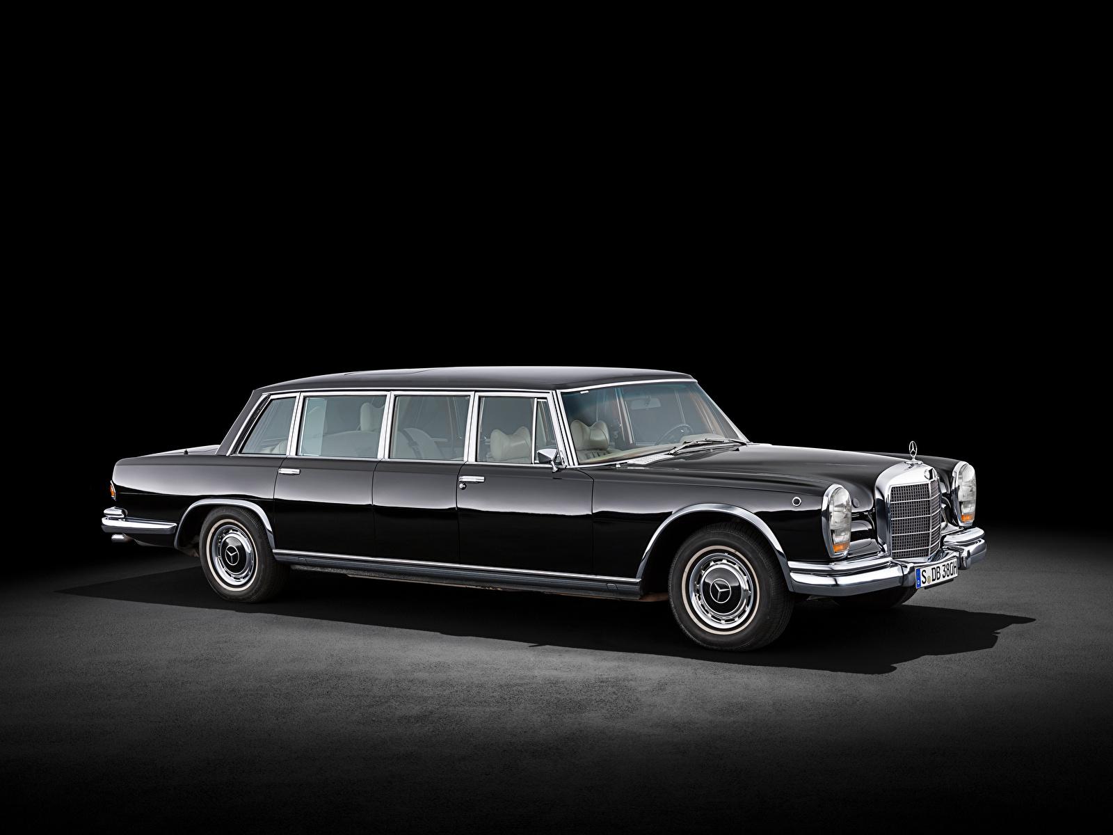 zdjęcie Mercedes-Benz samochód Widok z boku 1600x1200 Samochody