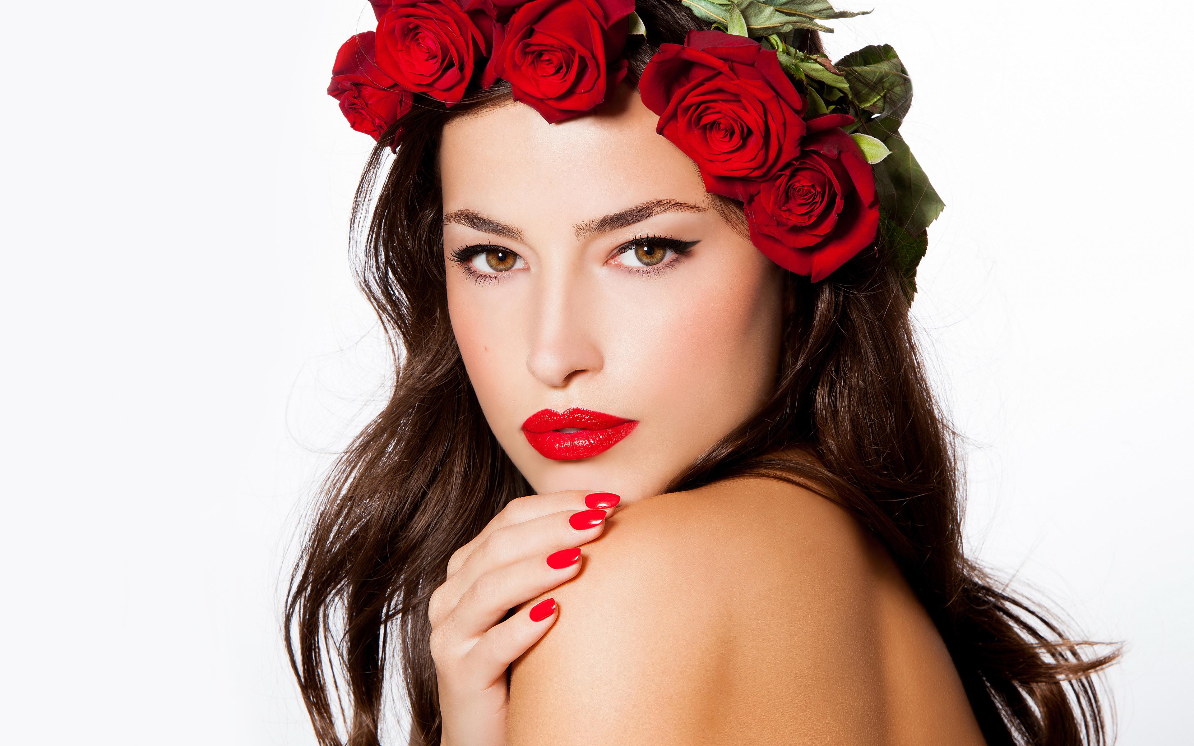 Fonds D Ecran 3840x2400 Roses Fond Blanc Aux Cheveux Bruns Visage