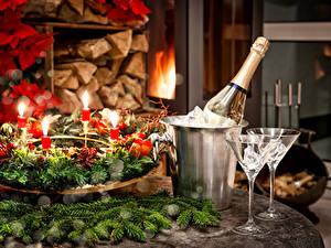Papéis de parede Feriados Ano-Novo Vinho espumante Galho Copo de vinho
