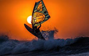 Bilder Wasserwelle Sonnenaufgänge und Sonnenuntergänge Surfen Sonne windsurfing Sport