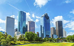 Fotos USA Wolkenkratzer Haus Rasen Bäume Texas Houston Städte
