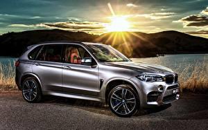 Hintergrundbilder BMW Seitlich Silber Farbe Sonne Lichtstrahl 2015 X5 M AU-spec F15 Autos