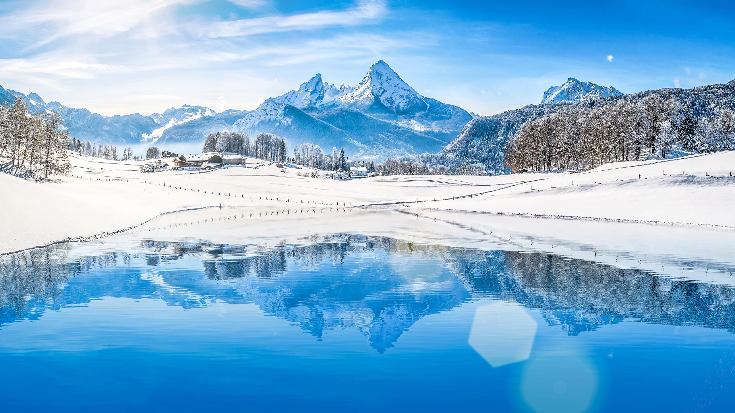 Fonds D Ecran 2560x1440 Hiver Photographie De Paysage Montagnes Maison Forets Lac Neige Nature Telecharger Photo