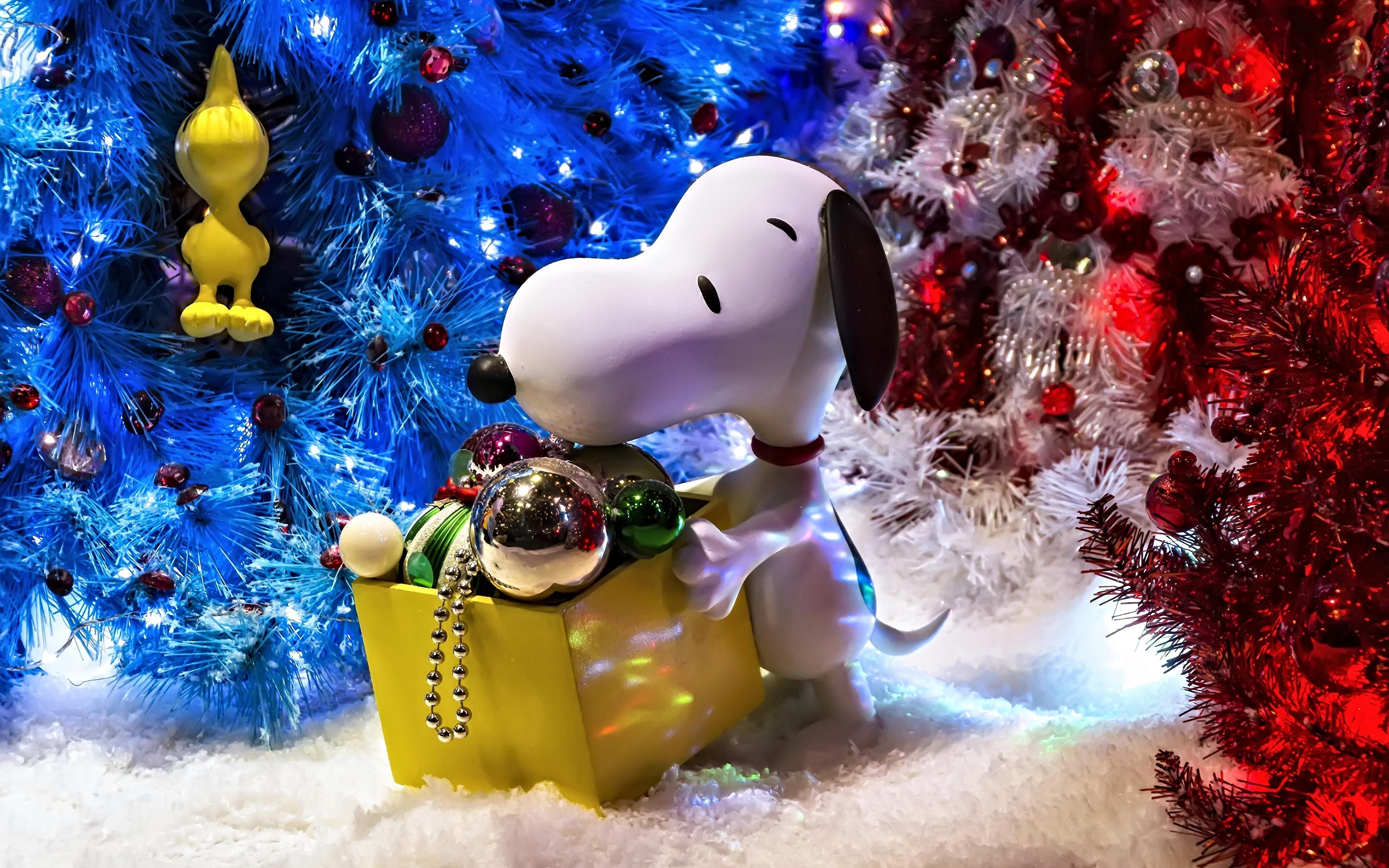 壁紙 3840x2400 玩具 新年 イヌ 祝日 Snoopy クリスマスツリー