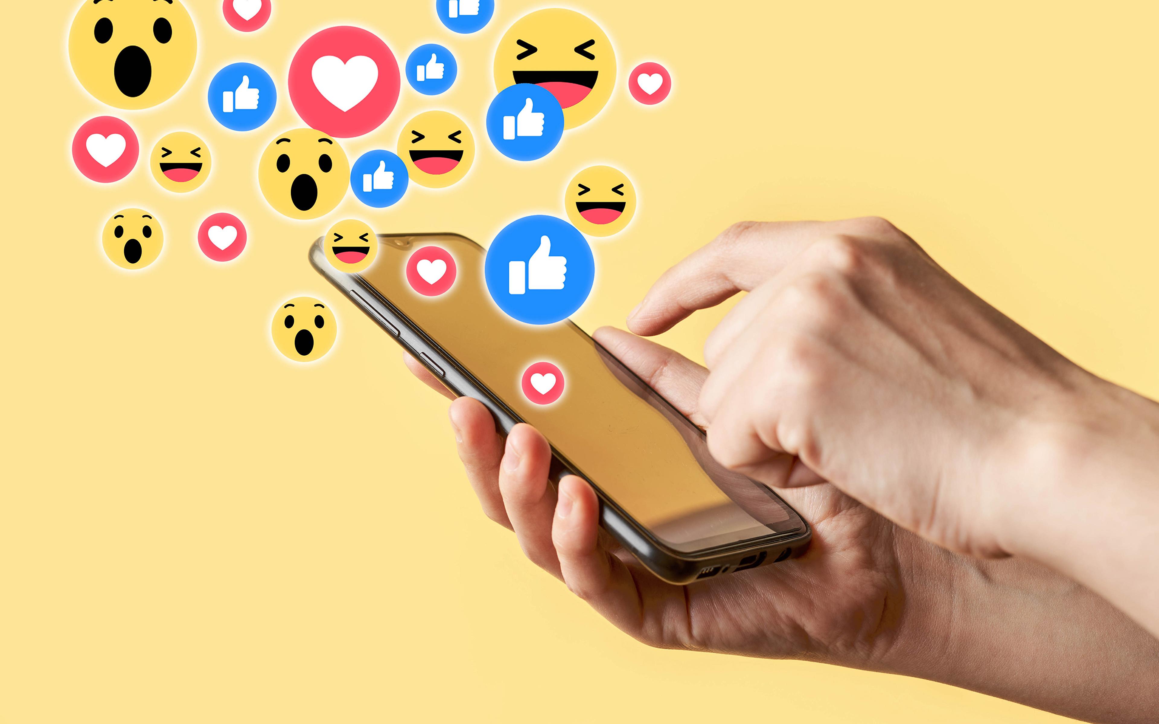 3840x2400 Smilies Smartphone Arrière-plan coloré Main smartphones