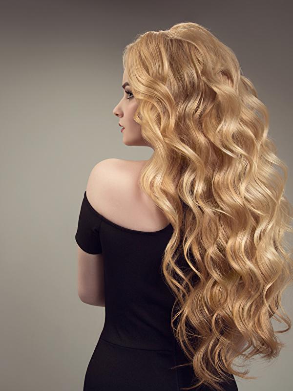 Bilder von Mädchens Blondine Haar Frisuren Hinten Grauer Hintergrund 600x800 Blond Mädchen Frisur