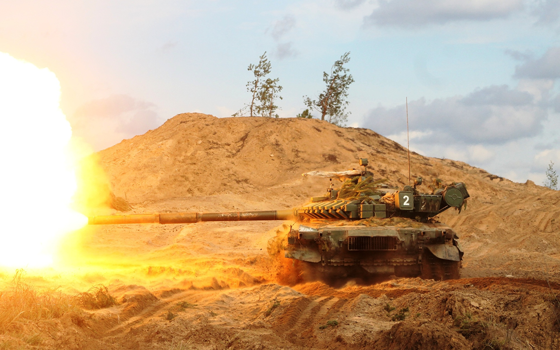 Fotos von T-72 Schuss Panzer Russische Heer 1920x1200