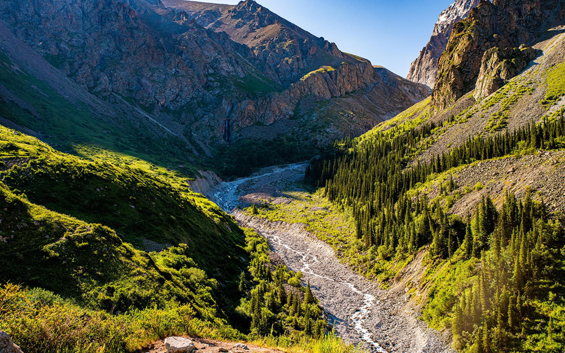 Desktop Hintergrundbilder Ala Archa National Park, Kyrgyzstan Berg Bach Natur Felsen Parks 1920x1200 Bäche Gebirge Park