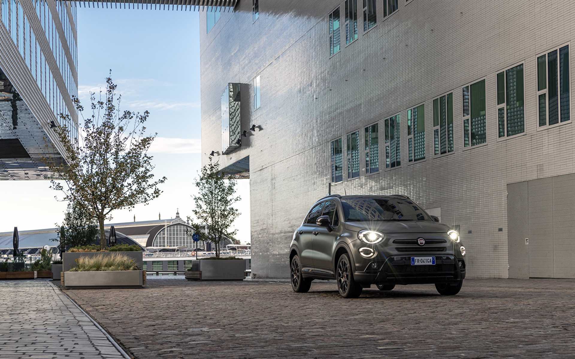 Foto Fiat 2019 500X Cross S-Design Autos 1920x1200