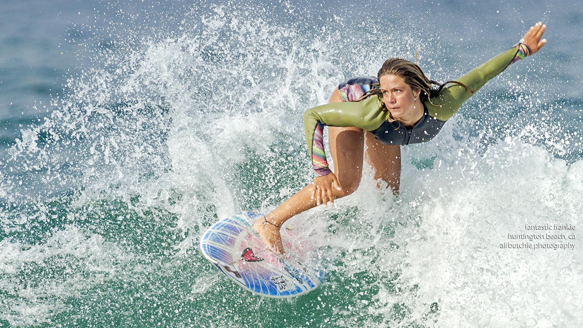 壁紙 1920x1080 サーフィン 水 Suit Neuprene 水飛沫 スポーツ