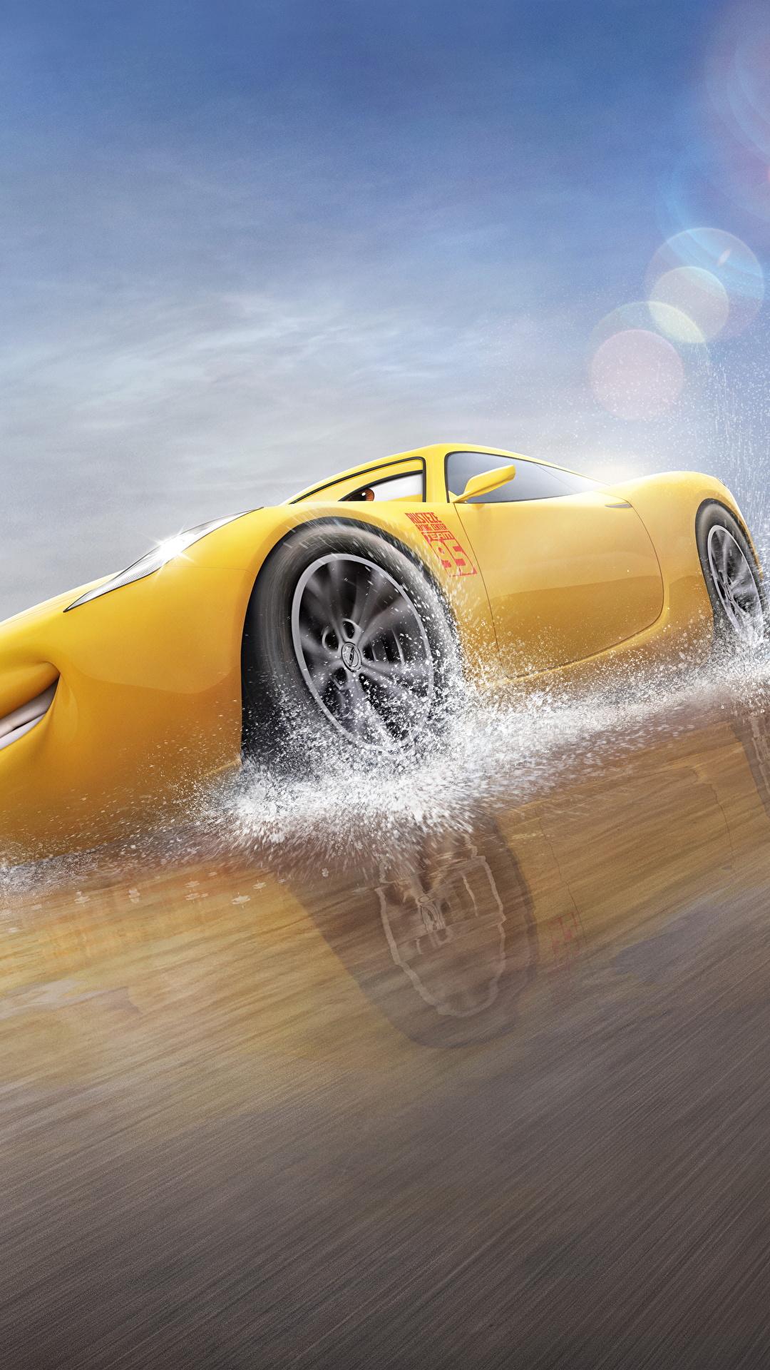 Fotos von Cars 3 Cruz Ramirez Gelb Animationsfilm 1080x1920 Zeichentrickfilm