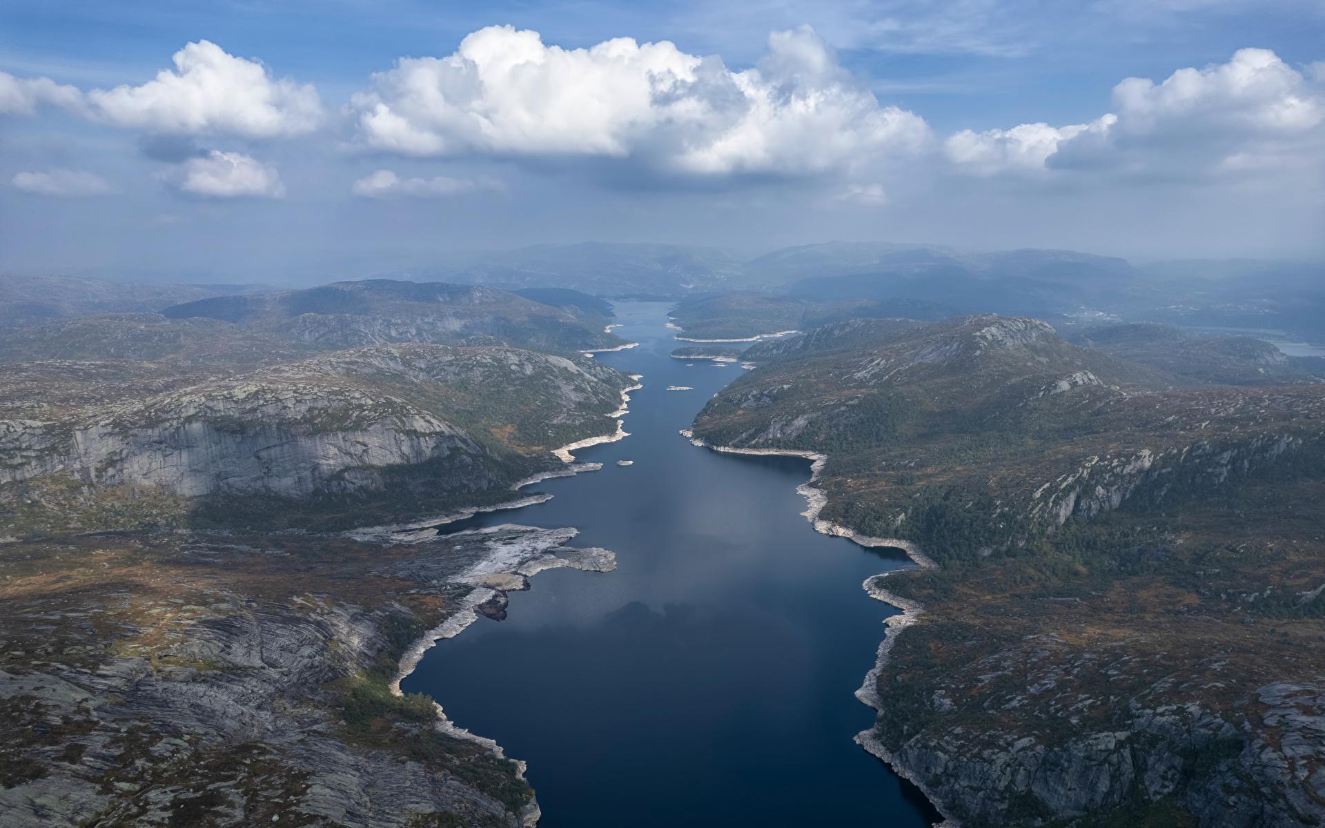 Desktop Hintergrundbilder Norwegen Valevatn Berg Natur See Von oben Wolke 1920x1200 Gebirge