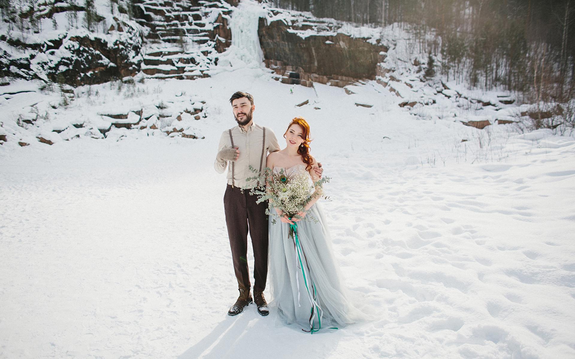 Fotos Bräutigam Brautpaar Sträuße Liebe Winter Mädchens Kleid 1920x1200