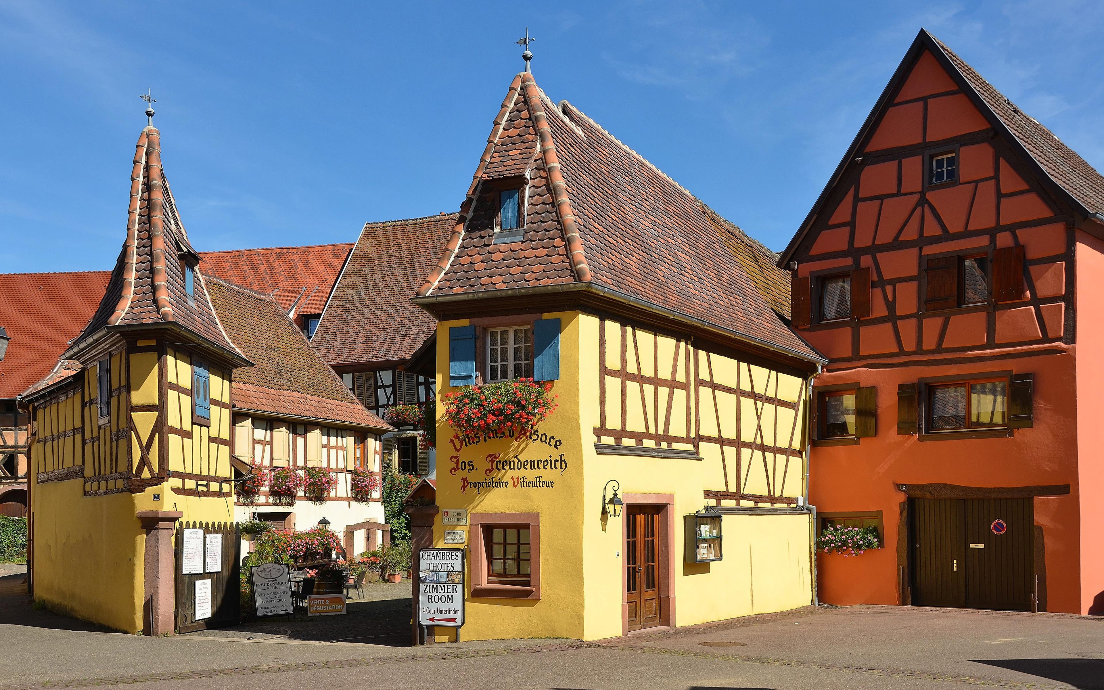 Bilder von Frankreich Eguisheim Straßenlaterne Haus Städte Design 3840x2400 Gebäude