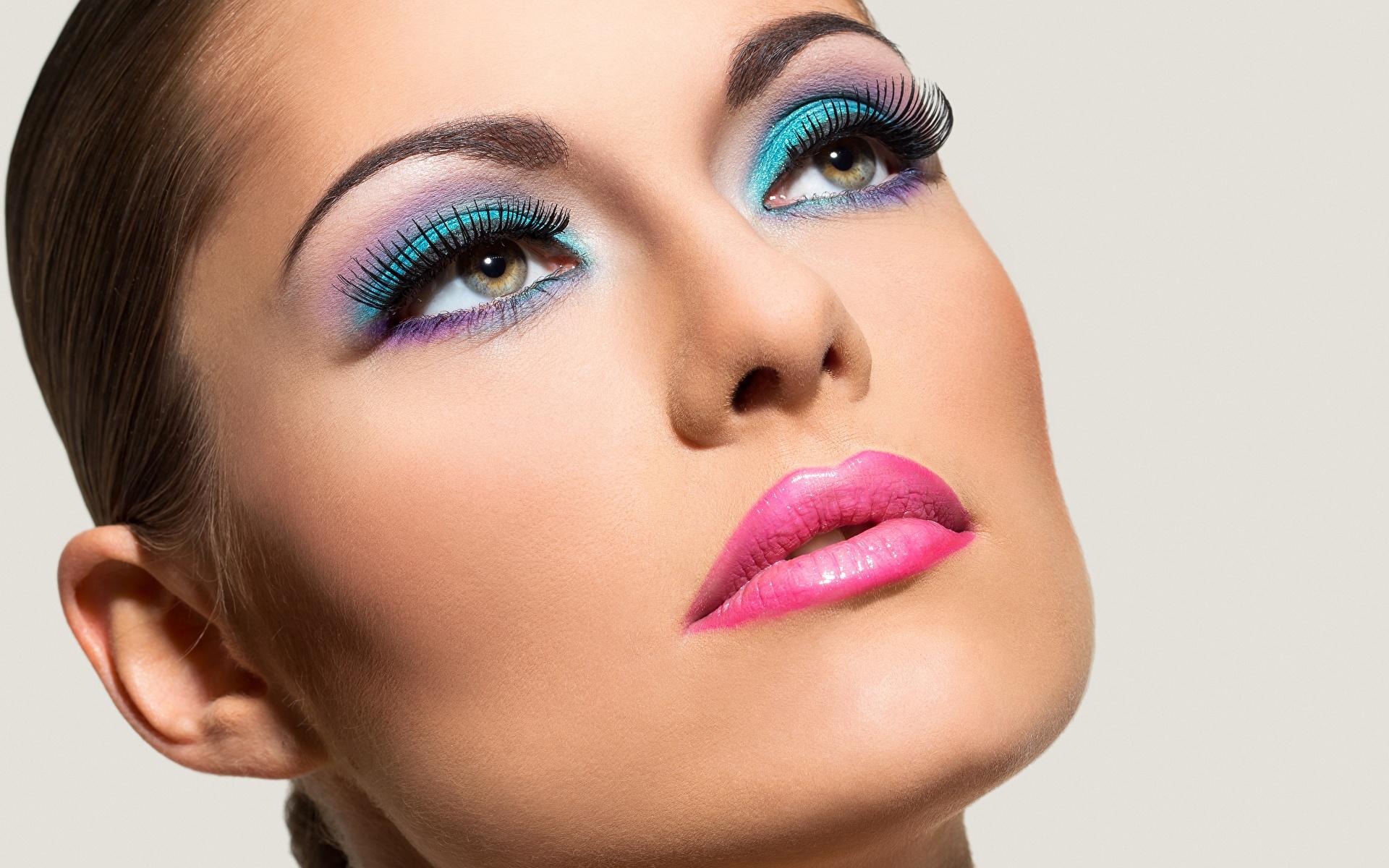 Fotos von Model Schminke Gesicht Mädchens Blick 1920x1200 Make Up junge frau junge Frauen Starren