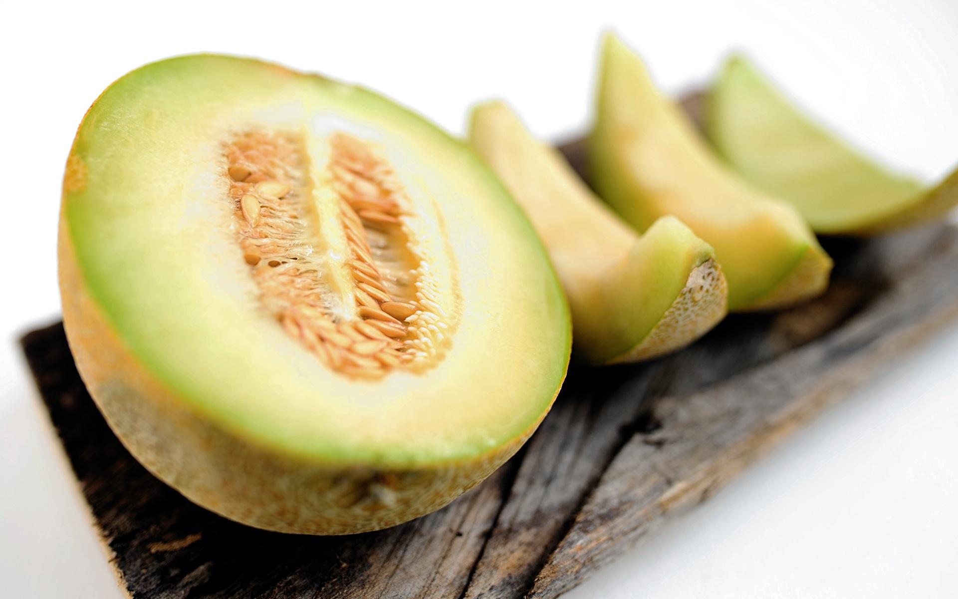 Bilder Bokeh Melone das Essen geschnittenes Nahaufnahme 1920x1200 unscharfer Hintergrund Geschnitten geschnittene Lebensmittel hautnah Großansicht