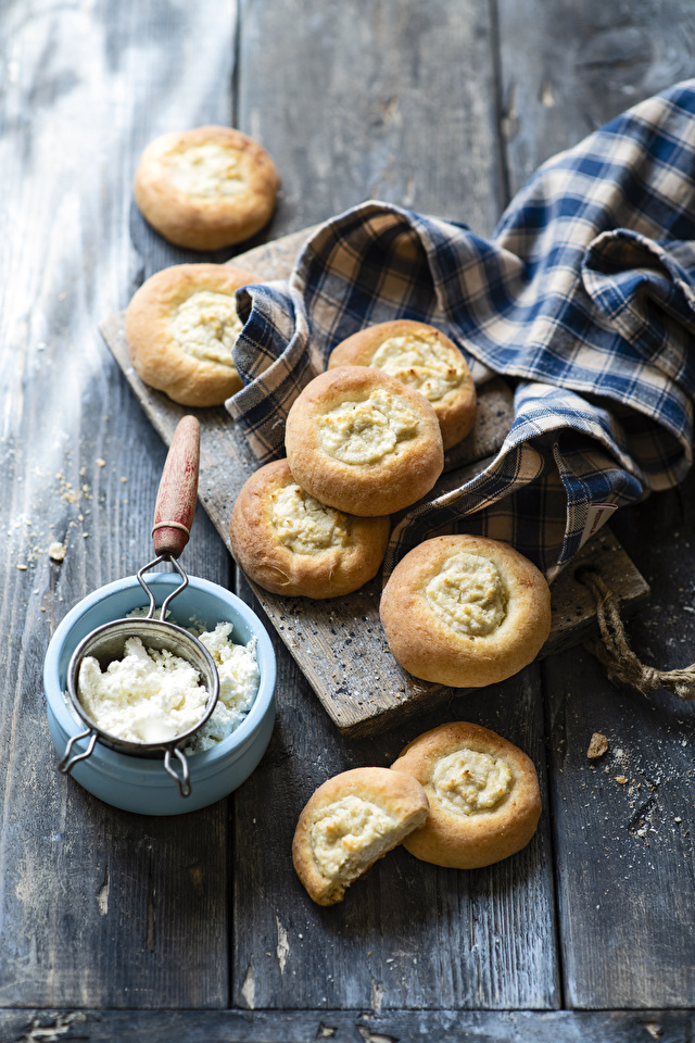Pictures Quark curd cottage farmer cheese Buns Food Pastry