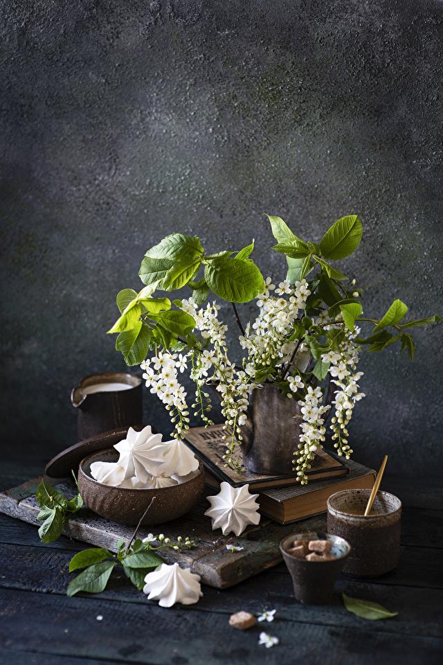 Fotos Zefir Ast Lebensmittel Stillleben Blühende Bäume 640x960 für Handy das Essen