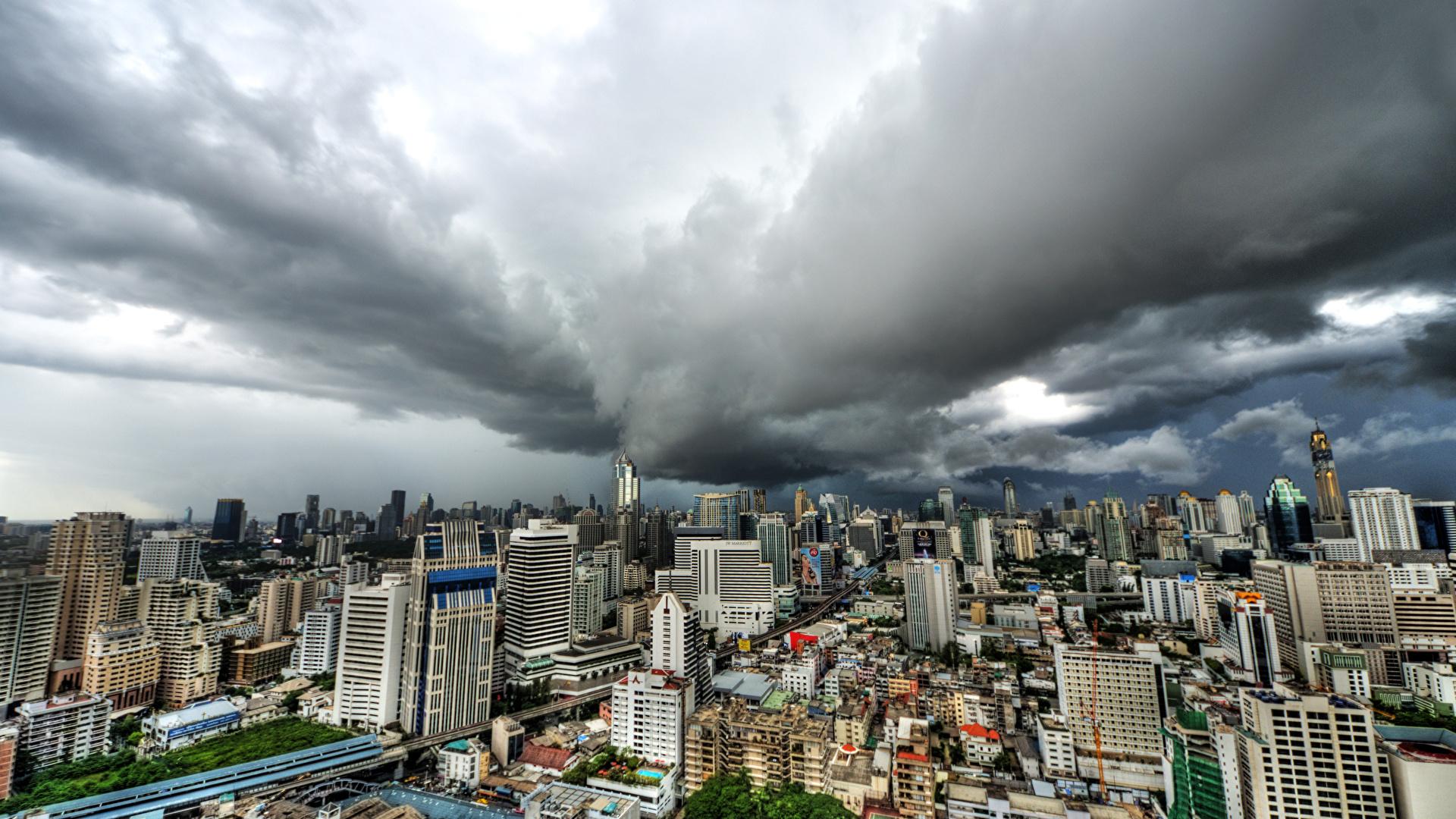 Achtergronden Bangkok Thailand megalopolis Huizen Wolken een stad 1920x1080 Metropool gebouw Steden gebouwen