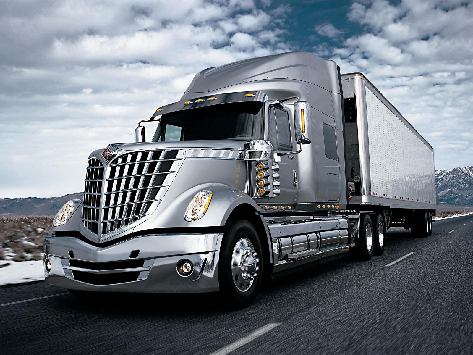 Photos lorry International international cxt automobile