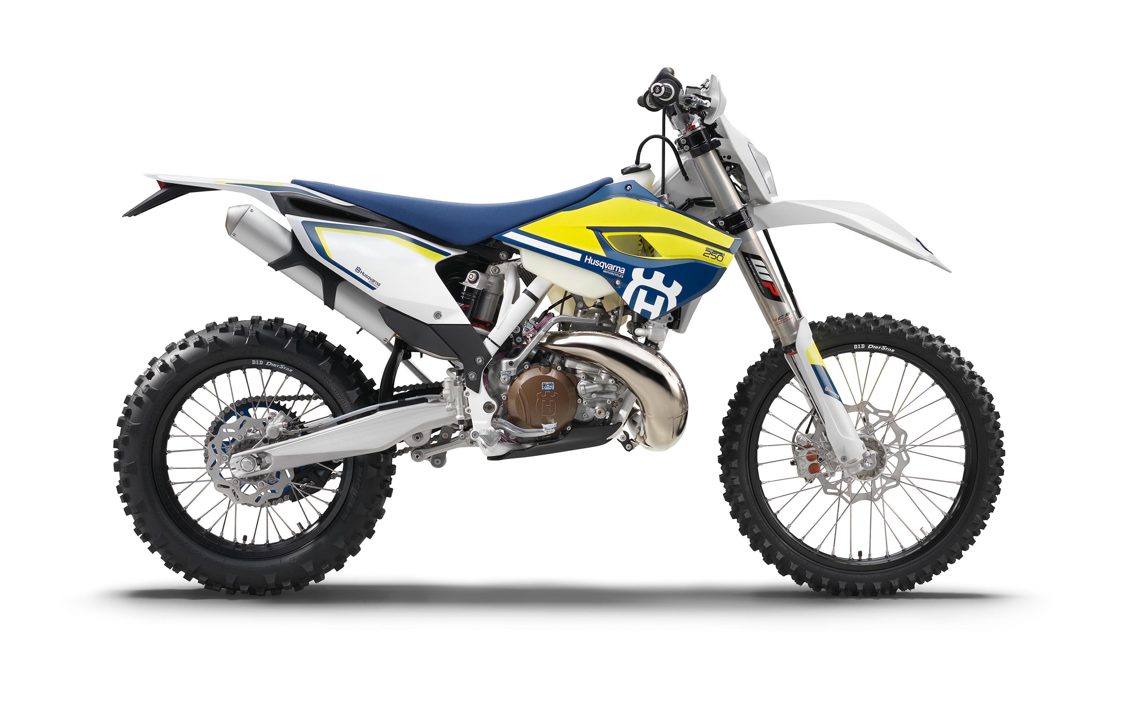 Image 2016-21 Husqvarna TE 250 motorcycle Side White background 3840x2400 Motorcycles