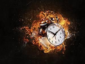 Desktop hintergrundbilder Wecker Zifferblatt Feuer Uhr Schwarzer Hintergrund