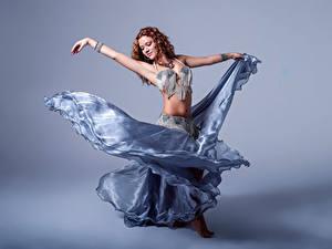 Hintergrundbilder Tanzen Hand Rock Braune Haare Alba Morales
