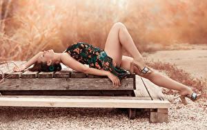 Wallpapers Dress Legs Lying down High heels Beautiful Amaya Girls