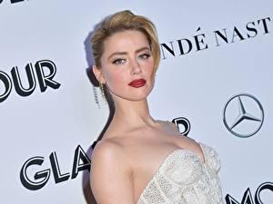 Hintergrundbilder Amber Heard Schminke Blondine Starren Prominente Mädchens