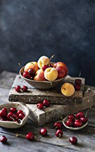 Hintergrundbilder Marille Kirsche Bretter Schüssel das Essen