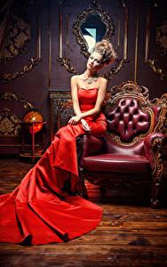 Fonds d'écran Fauteuil Les robes Voir Glamour