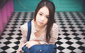Hintergrundbilder Asiatische Bokeh Braune Haare Blick Hand Mädchens