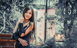Fotos Asiatische Bokeh Brünette Blick Lächeln Hand Mädchens
