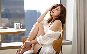 Hintergrundbilder Asiatisches Bokeh Sitzend Bein Blick junge Frauen