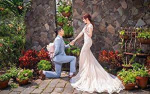 Fotos Asiatisches Blumensträuße Bräute Bräutigam Kleid Hochzeit Mädchens