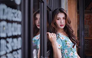Bilder Asiatisches Kleid Haar Starren Frisuren Schön Mädchens