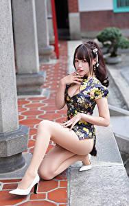 Wallpapers Asiatic Dress Legs Staring Posing Beautiful female