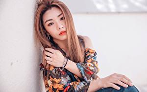 Hintergrundbilder Asiatisches Hand Schminke Starren Haar Mädchens