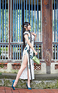 Pictures Asian Pose Dress Legs Stilettos Beautiful young woman