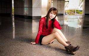 Hintergrundbilder Asiaten Sitzen Braune Haare Bein Rock Bluse Starren Nett junge Frauen