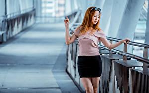 Fotos Asiaten Rock Bluse Bokeh Rotschopf Mädchens