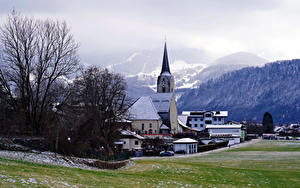 Fotos Österreich Gebirge Kirchengebäude Gebäude Alpen Nebel Puch bei Hellein