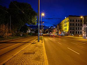 Bilder Österreich Wien Gebäude Straße Nacht Straßenlaterne Stadtstraße