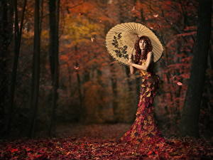 Wallpapers Autumn Creative Leaf Parasol Frock Girls