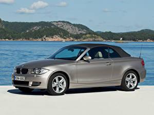 Hintergrundbilder BMW Seitlich Grau Metallisch Cabriolet 125i Cabrio AT E88 automobil