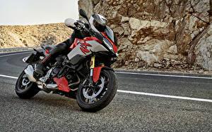 Fotos BMW - Motorrad Motorradfahrer Helm 2020 F 900 XR Motorräder