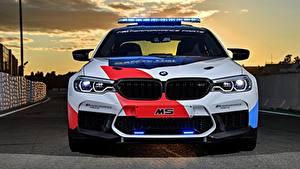 Bureaubladachtergronden BMW Vooraanzicht Safety Car M5 2018 MotoGP auto's